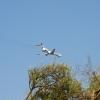 Джемете, самолет идет на посадку