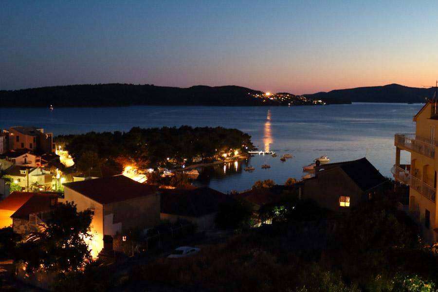 Чиово: вечерний вид с террасы