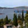 Прогулки по Чиово: вид на порт Трогира