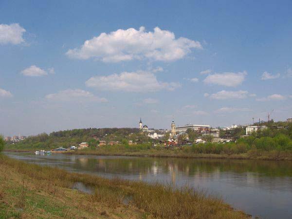 Вид на Калугу с правого берега Оки