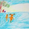 Мальчик и девочка купаются