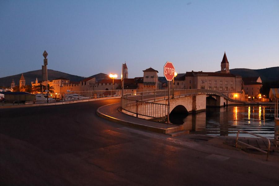 Хорватия, предрассветный Трогир