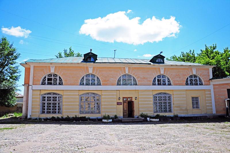 Калуга, во дворе Краеведческиго музея
