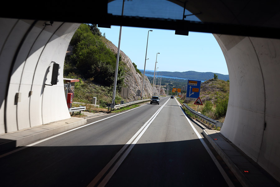 Экскурсия в НП Крка: по пути в Шибеник