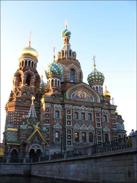 Экскурсия по каналам Санкт-Петербурга - вид на храм Спаса на крови