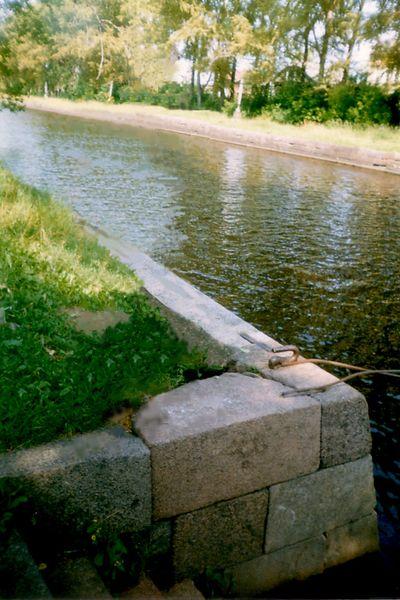 Вышний Волочек, гранитная набережная канала