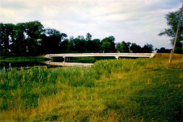 Вышний Волочек, мост через реку Цна на остров в центре города